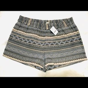 J. Crew Factory Geometric pull on shorts size 10